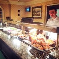 Sunday carvery & Shopping in Exeter - £30.50inc